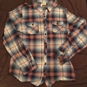 Plaid long sleeved button down shirt